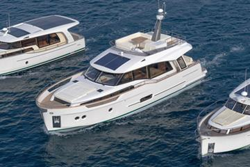 articles - what is a hybrid yacht