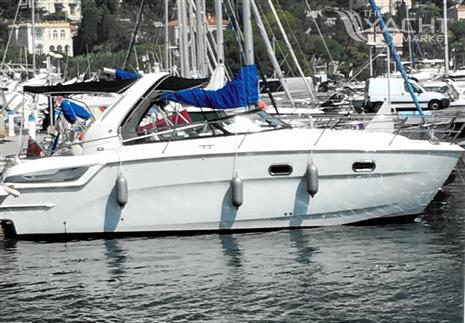 Bavaria 28 Sport - Moored