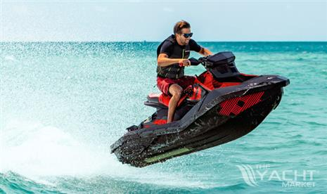 Sea-Doo Spark Trixx 3UP - New 2021 Sea-Doo Spark Trixx 3UP for sale in Menorca - Clearwater Marine