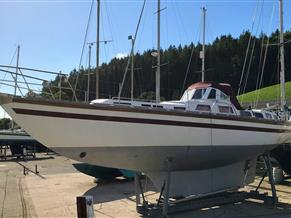 BRUCE ROBERTS 43 KETCH - SOLD *****