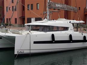 Bali Catamarans 4.1 [4 cabin version]