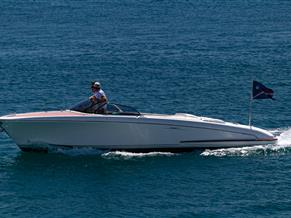 RIVA 27-FOOT RUNABOUT