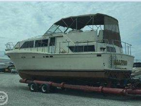 Chris-Craft 38' Catalina