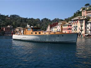 Punto Nelson, Lavagna Lobster boat