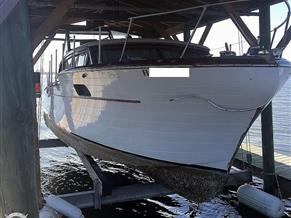 Chris-Craft Constellation 31