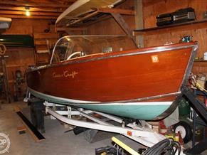 Chris-Craft sportsman