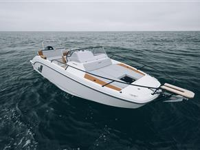 Beneteau Flyer 7 SUNdeck NEW MODEL