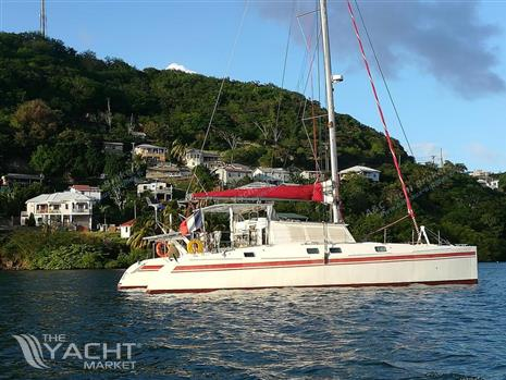 One off Outremer 143