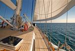 Thackwray Yachts, Auckland-NZ Ketch - Foredeck