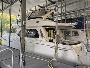 Carver Yachts 560 Voyager