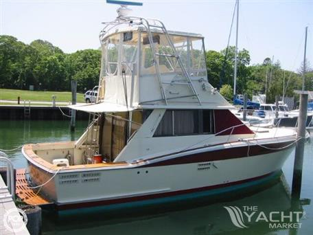 Trojan 36 Flybridge Convertible