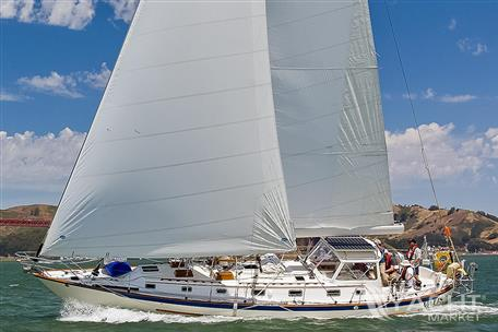 Pacific Seacraft 44 - 44 undersail
